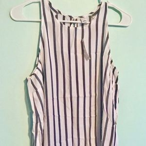 Sleeveless High neck striped top
